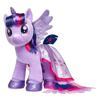 Your Twilight Sparkle furry friend can make waves with this pretty sea pony cape! This glittery purple cape has light pink trim and tiered tulle layers at the end for the tail. It's the perfect accessory for underwater adventures! MY LITTLE PONY and all related characters are trademarks of Hasbro and are used with permission.  2017 Hasbro. All Rights Reserved.