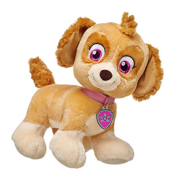 Skye, the Cockapoo puppy, is the PAW Patrol daredevil. This smart pup flies a helicopter. Personalize Skye with outfits to make the Perfect unique gift.