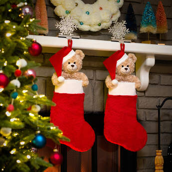Online Exclusive Holiday Hugs Stocking - Build-A-Bear Workshop®