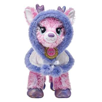 Twinkle will shimmer and shine through the night in this gorgeous sequin cape! This white stuffed animal cape has purple fur lining and is sure to keep your furry friend warm all winter.