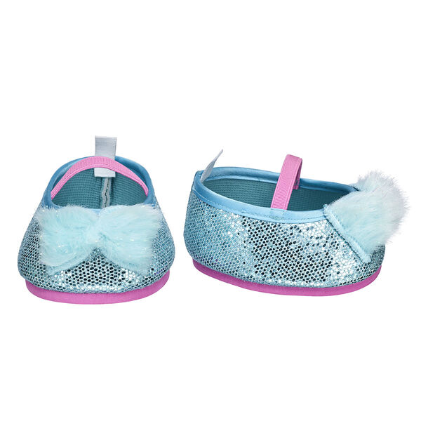 Add some glam to any outfit with these sparkly flats! These bear-sized shoes have a blue fur bow on the front and look great with any furry friend's outfit!