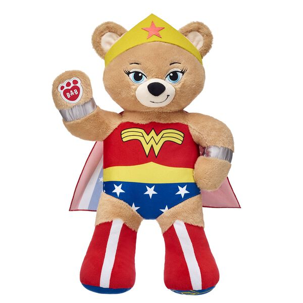 With strength and bravery, Wonder Woman Bear is ready to fight for justice! This heroic furry friend features Wonder Woman's iconic outfit built right into her fur. Wonder Woman Bear also has a fierce graphic on her left paw pad! ™ & © DC Comics. (s13)