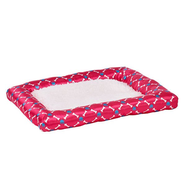 It's a comfy, plush bed for your Promise Pet to rest from all the playtime. The border is pink with a stylish paw and bone design.