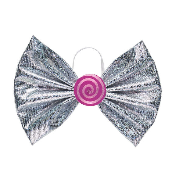 Add some sweet sparkle to any look with this metallic hair bow for furry friends! This silver bow has a swirly pink candy in the center.