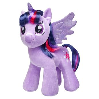 Head off on faraway adventures with your Twilight Sparkle furry friend! With pretty purple wings and a multi-colored mane, Twilight Sparkle is more sparkly than ever. Add outfits and sounds to your Twilight Sparkle furry friend and say yes to adventure! MY LITTLE PONY and all related characters are trademarks of Hasbro and are used with permission. ® 2017 Hasbro. All Rights Reserved.