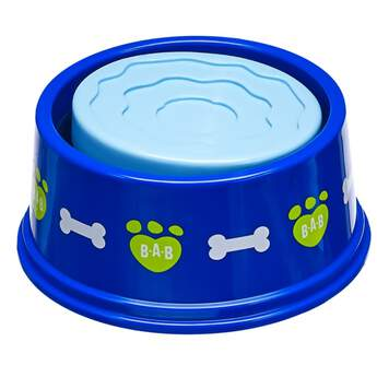When your Promise Pets™ furry friend gets hungry and thirsty, this play food and water bowl is just the thing! The blue bowl with fun designs has a two-sided insert that lets you choose from the play food side or the play water side.