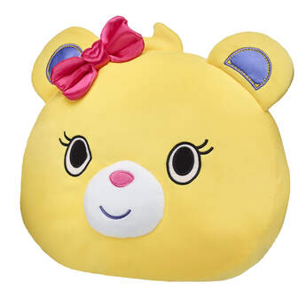 Rest your head after a full day of exploring the PAWsitively awesome world of Kabu! This soft Bearnice pillow is a snuggly must-have accessory for any Kabu fan.
