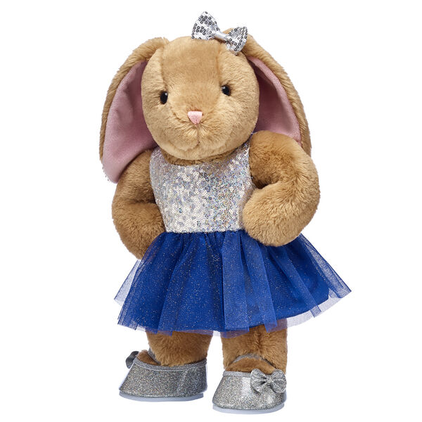 Everyone's favourite floppy-eared bunny is here to stuff the Christmas season with fun! Pawlette is super cute in this stylish winter look. Make it a season to remember with this adorable stuffed animal gift set.