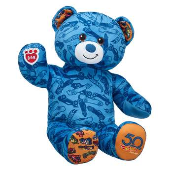 You can dare to be rad by making your own Hot Wheels Bear! Go the distance by adding a racing outfit and a plush race car with sounds to your furry friend.