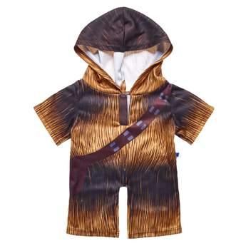 Your furry friend can drift off to sleep dressed as the friendliest Wookiee in the galaxy! This one-piece hooded sleeper features an all-over print of Chewbacca's shaggy fur and famous bandolier. Add this cool look to your favourite furry friend to make the perfect gift for movie fans! © & ™ Lucasfilm Ltd.