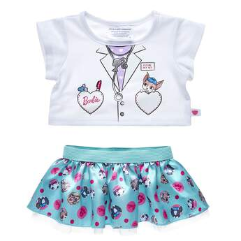 Spark your imagination with this fun veterinarian-inspired Barbie™ outfit! If you and your furry friend love animals, you'll love the animal polka dot pattern on the turquoise skirt. Personalise a furry friend to make the perfect gift. Shop online or visit a store near you!