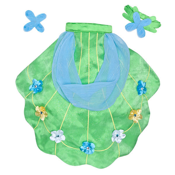 This pretty green cape with white, yellow and blue flowers, and matching collar and bow will look PONYrrific on your MY LITTLE PONY FLUTTERSHY®. MY LITTLE PONY and all related characters are trademarks of Hasbro and are used with permission.  2013 Hasbro. All Rights Reserved.