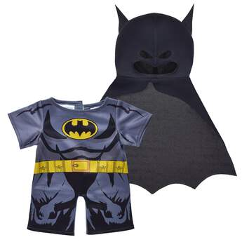 To the Batcave! Your furry friend can help save Gotham City in this two-piece Batman costume. The body suit shows off Batman's armor and his gold tool belt. Batman's mask and cape hide his true identity! ™ & © DC Comics. (s13)