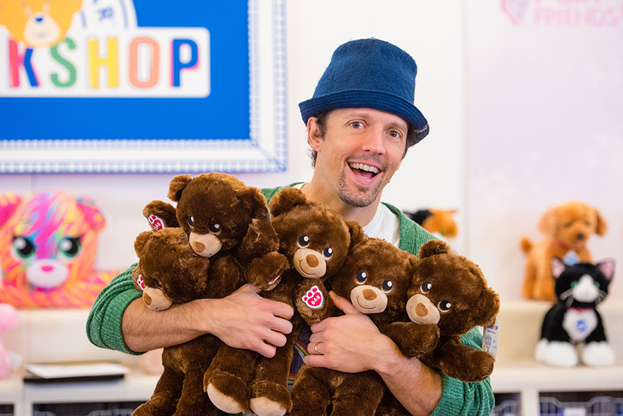 Jason Mraz With Bears