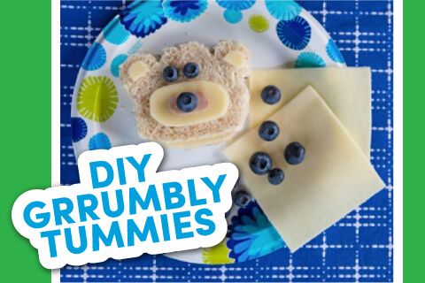 DIY Grummbly Tummies - Food on paper plate